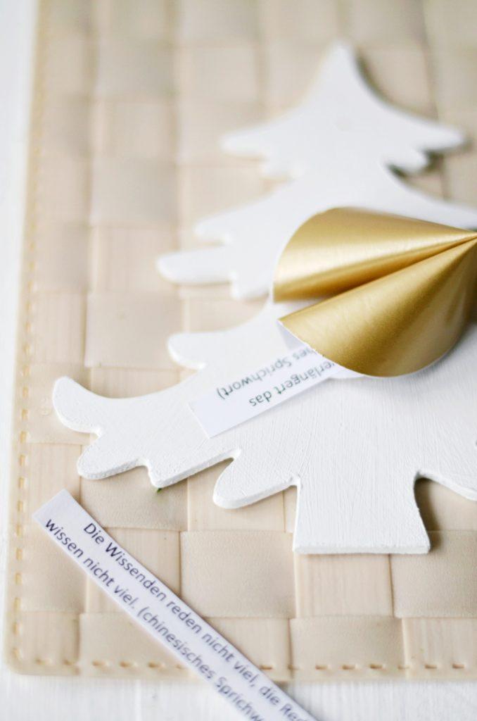 DIY Geschenkidee für Silvester: Glückskekse aus Papier basteln + passende Sprüche zum Ausdrucken