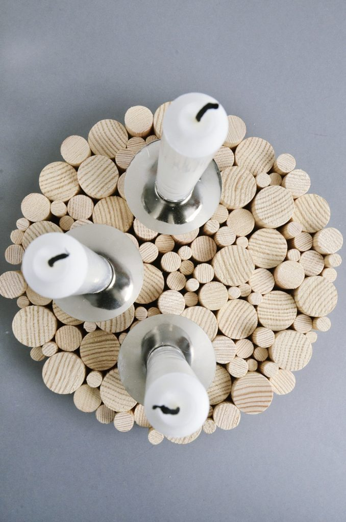 DIY Kerzenhalter aus Rundstäben