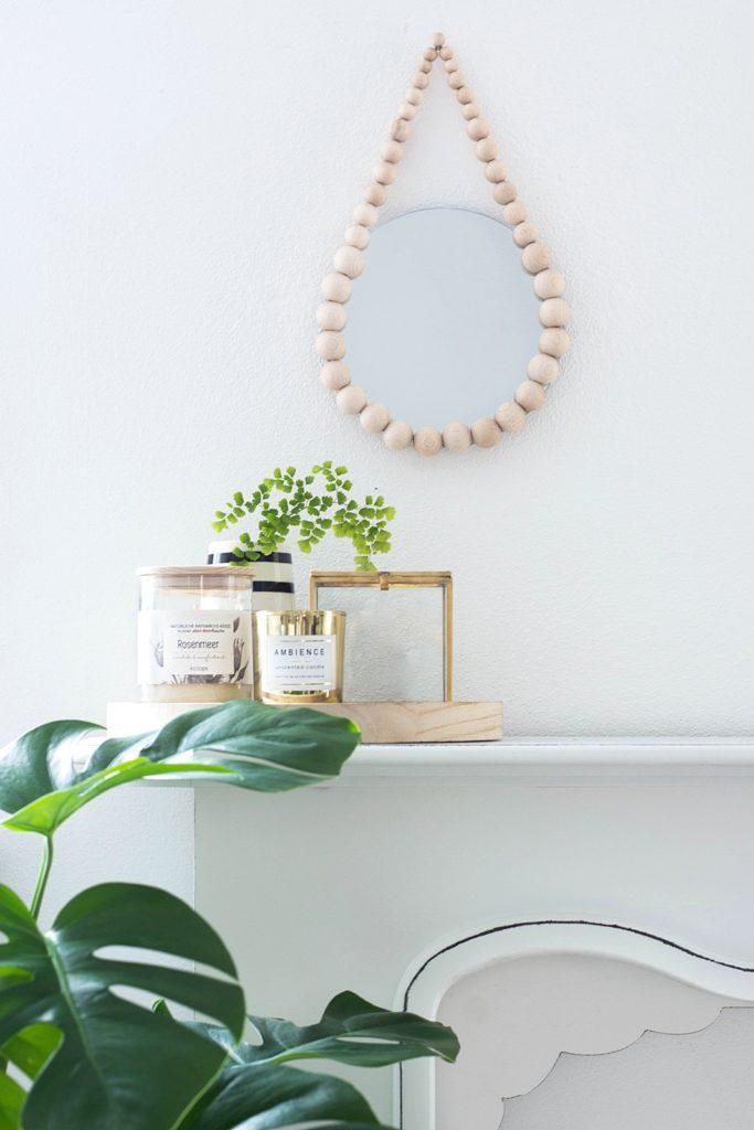DIY Raindrop Spiegel aus Holzkugeln