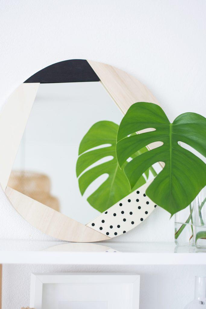 DIY Statement Spiegel mit geometrischen Rahmen