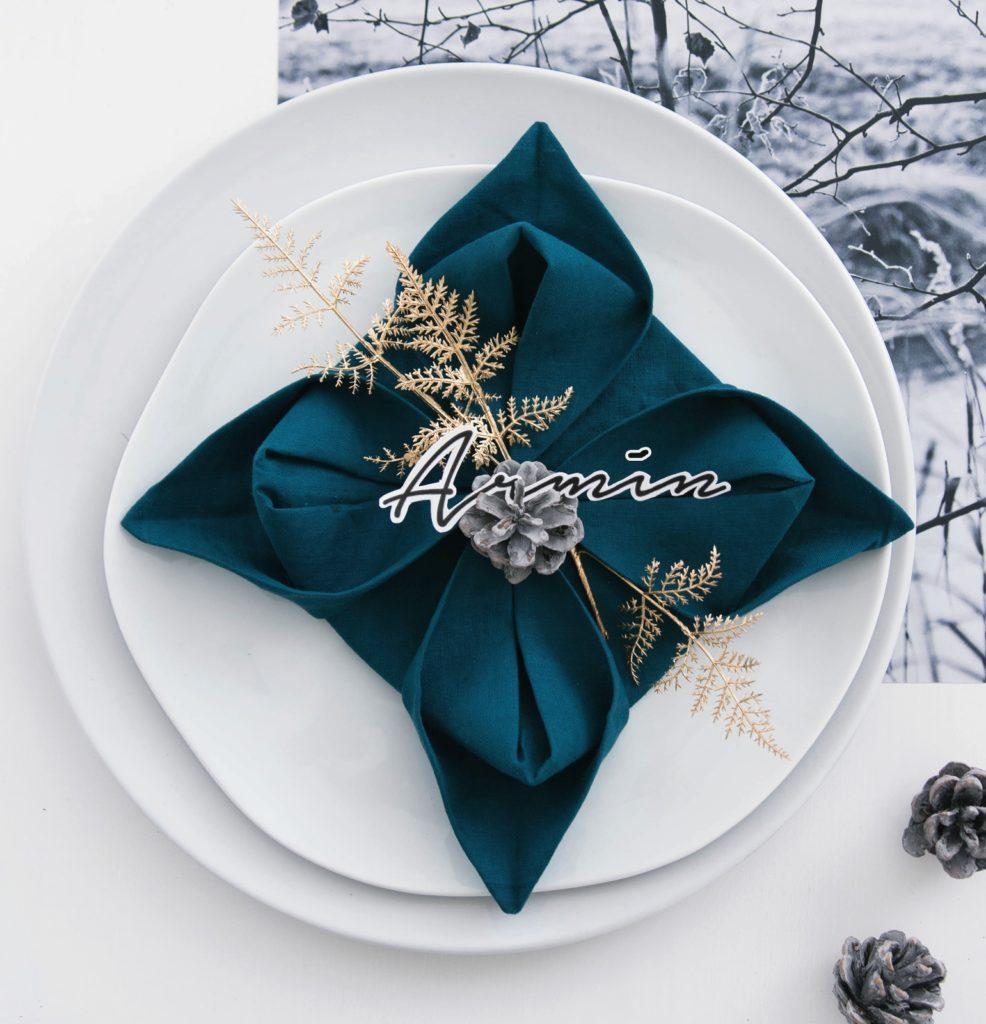 Tischdeko-Idee: Serviettenblume falten #sinnenrauschAdventskalender
