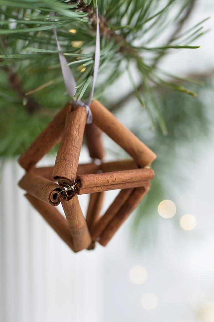 Weihnachtliches DIY: Girlande für den Tisch oder Anhänger für den Weihnachtsbaum