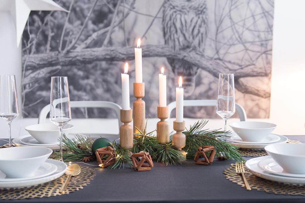 So dekoriere ich in diesem Jahr unseren Weihnachtstisch + 4 tolle Deko-Ideen mit Gewürzen