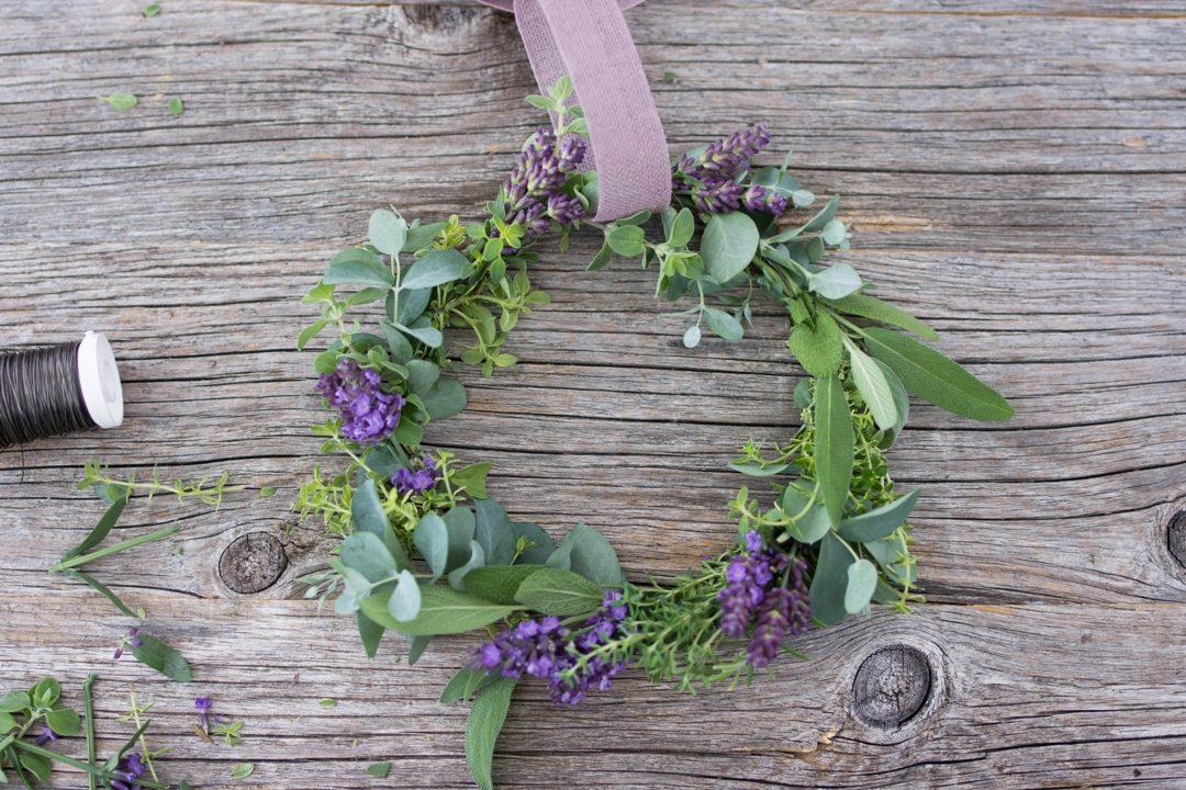 DIY Lavendel Kräuter Kranz