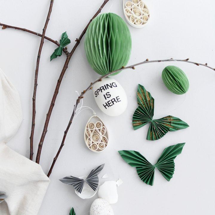 Basteln mit Kindern: Einfache Schmetterlinge aus Tonpapier falten