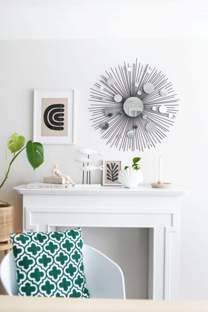 DIY: Low Budget-Sonnenspiegel aus Holzspießen und Spiegelstickern