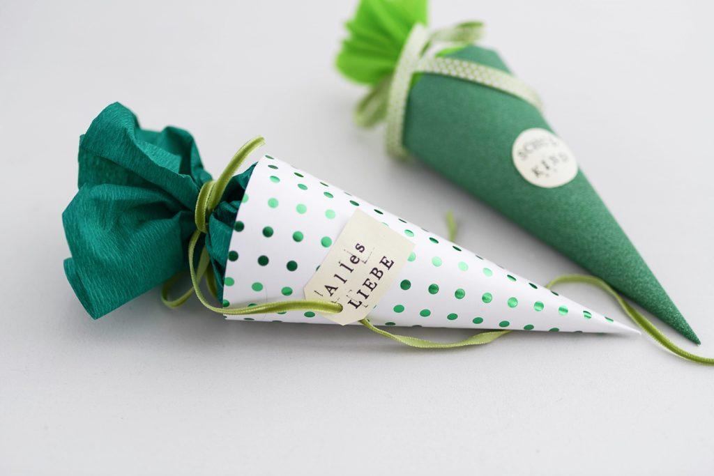 DIY zur Einschulung: Mini-Schultüte selber basteln