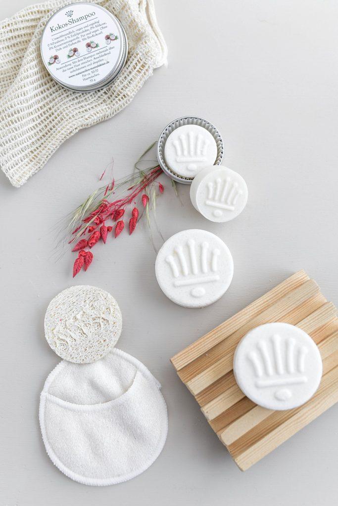 Nachhaltige Haarpflege mit Pflanzenkraft: Feste Shampoos von der Naturseifen-Manufaktur Uckermark