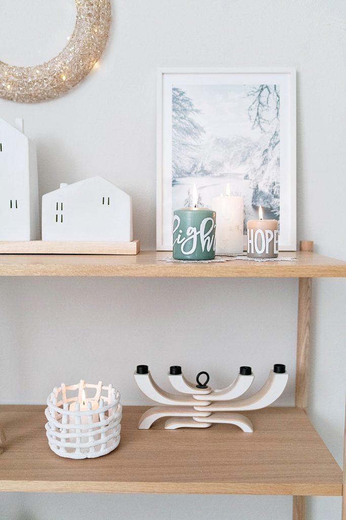 Kreativ Adventskalender #16: Kerzen individuell mit Verzierwachs beschriften