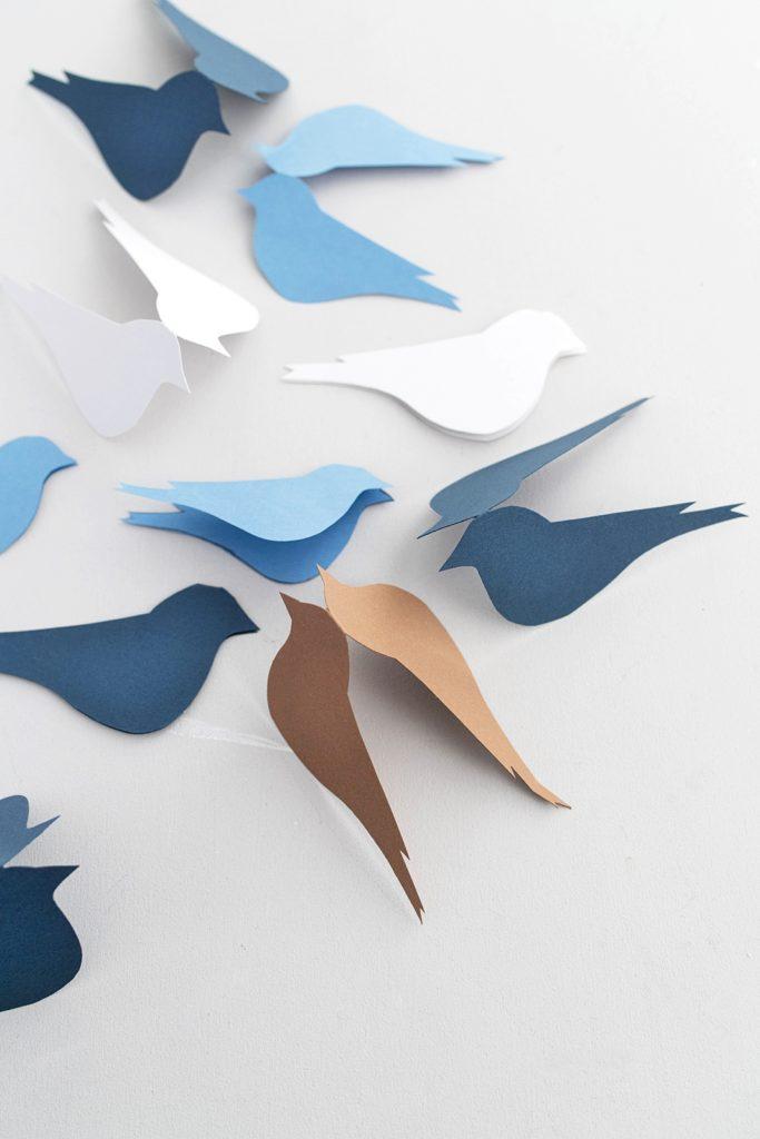 DIY Deko-Idee für den Frühling : Vögel aus Papier selber machen